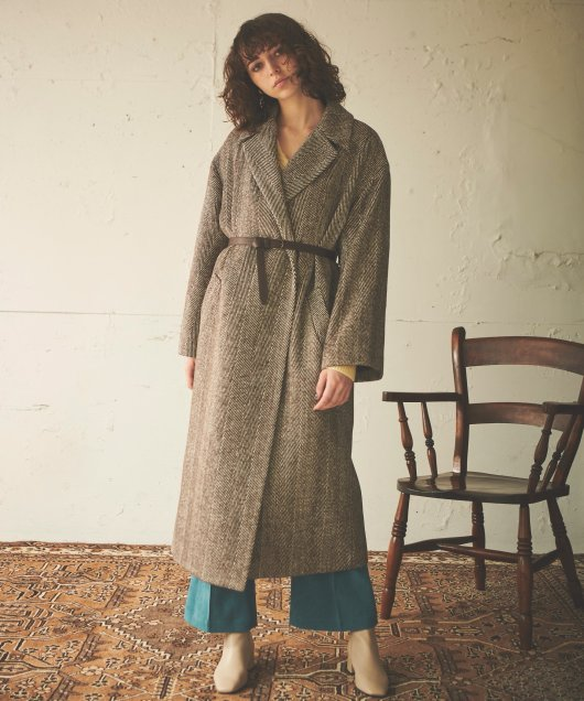 Volume Sleeve Chester Coat